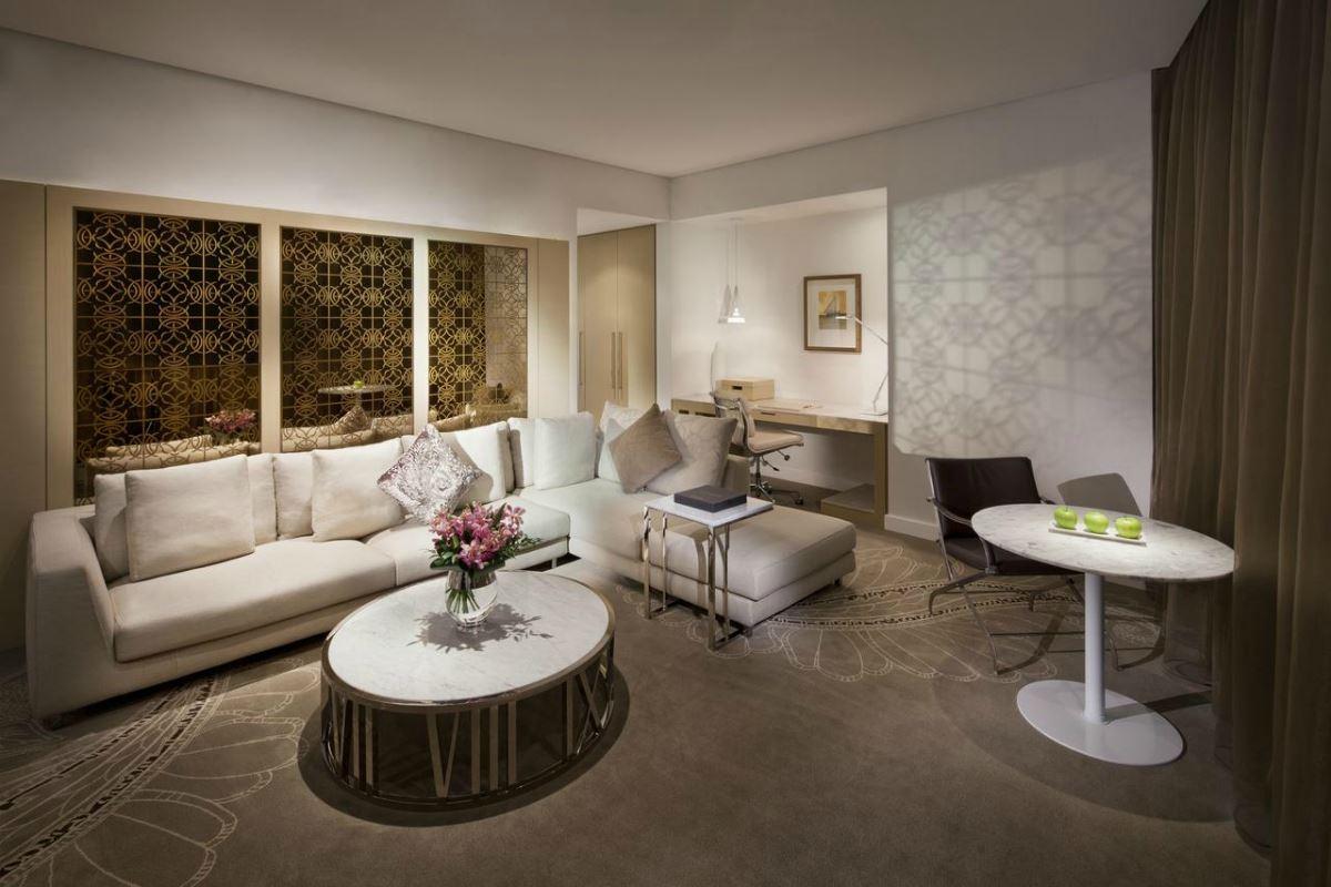 Jumeirah Etihad Towers – Club Suite