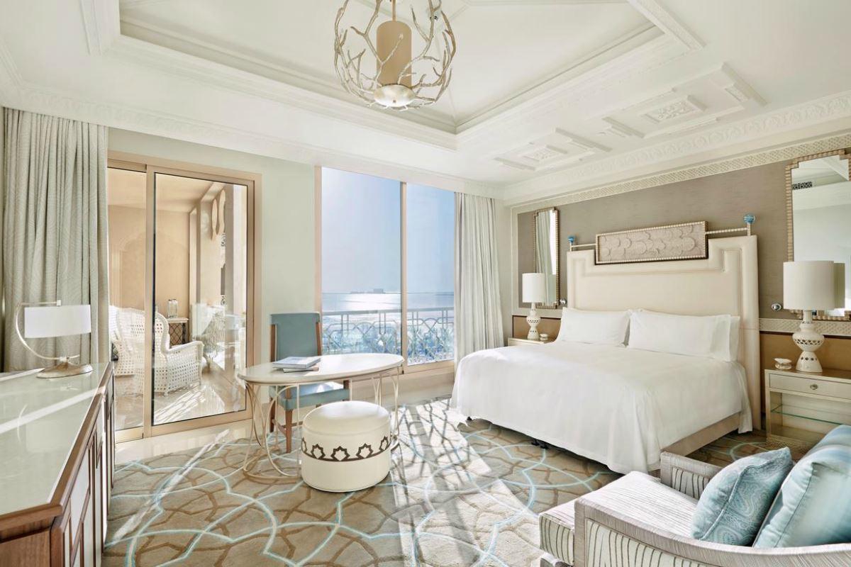 Waldorf Astoria – Classic Room