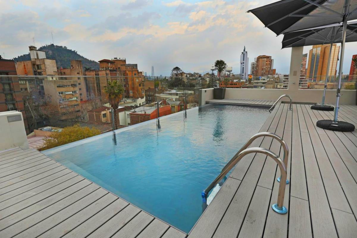 Hotel Cumbres Lastarria – Basen