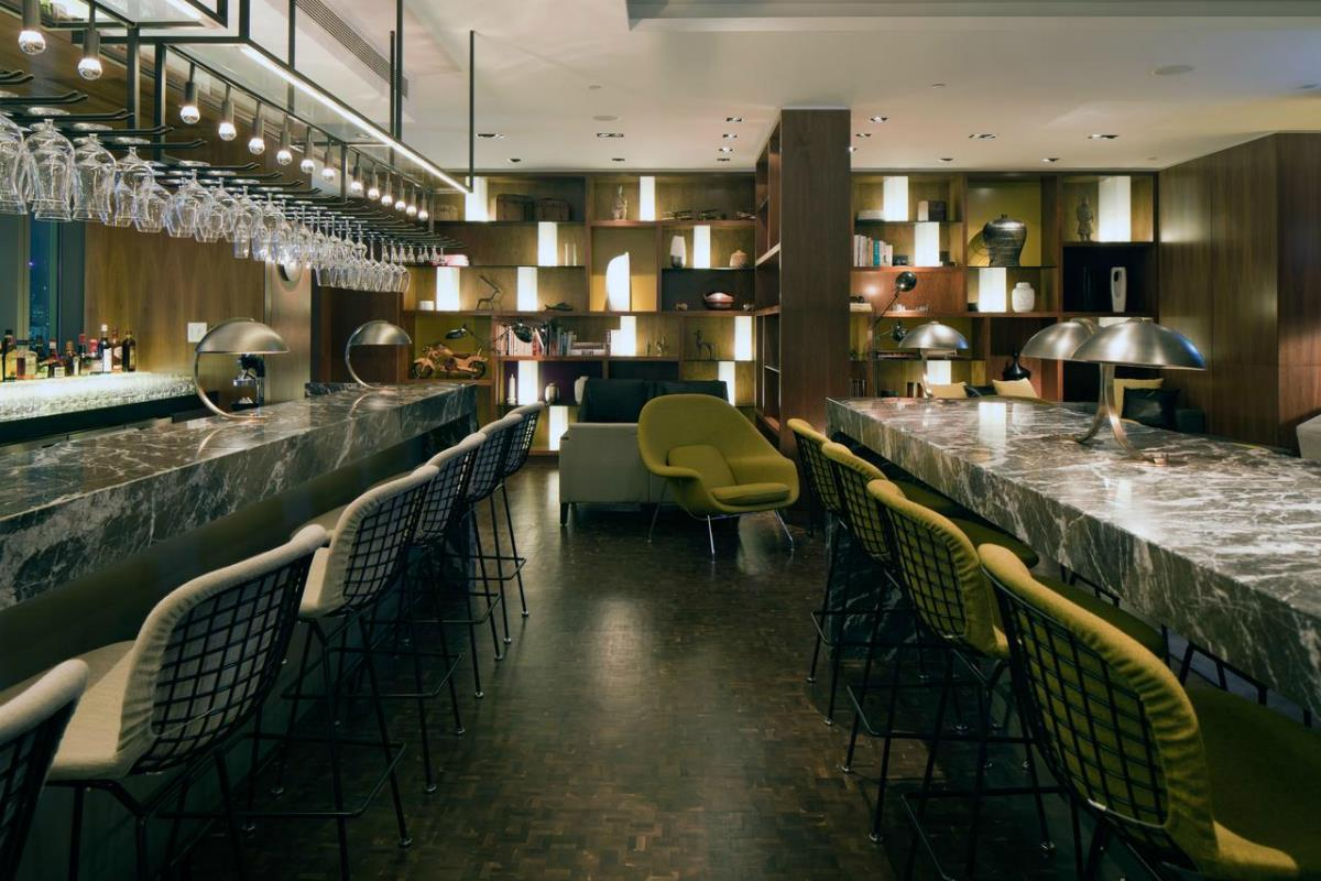 Icon Hotel – Bar