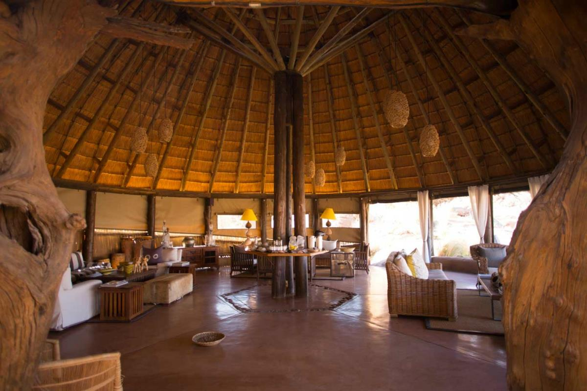 Mowani Mountain Camp – Lounge