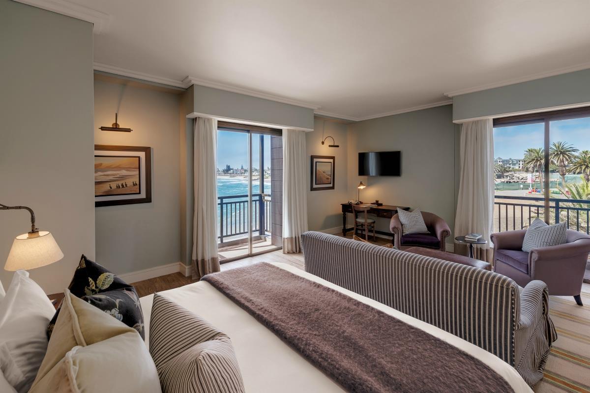 Strand Hotel – Junior Suite