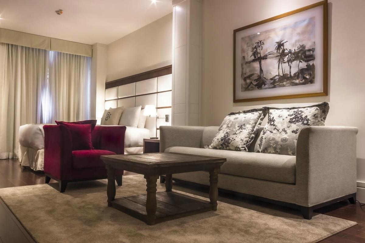 Central Hotel Panama – Junior Suite