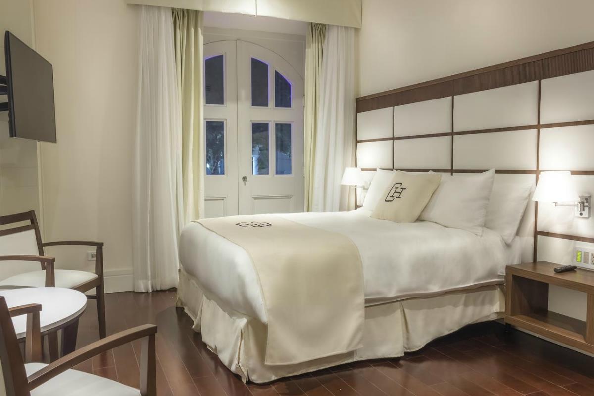 Central Hotel Panama – Suite