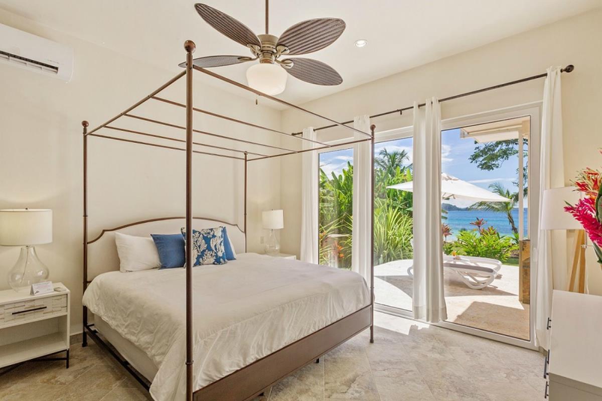 Red Frog Beach Island Resort – Villa