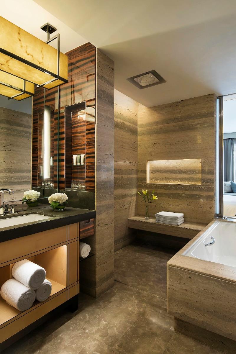 JW Marriott – Łazienka w pokoju Deluxe