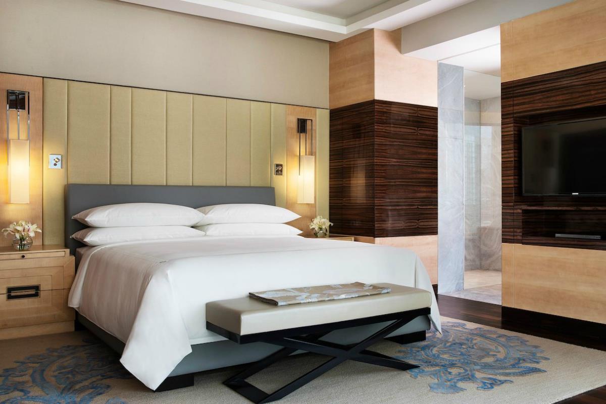 JW Marriott – Luxury Suite
