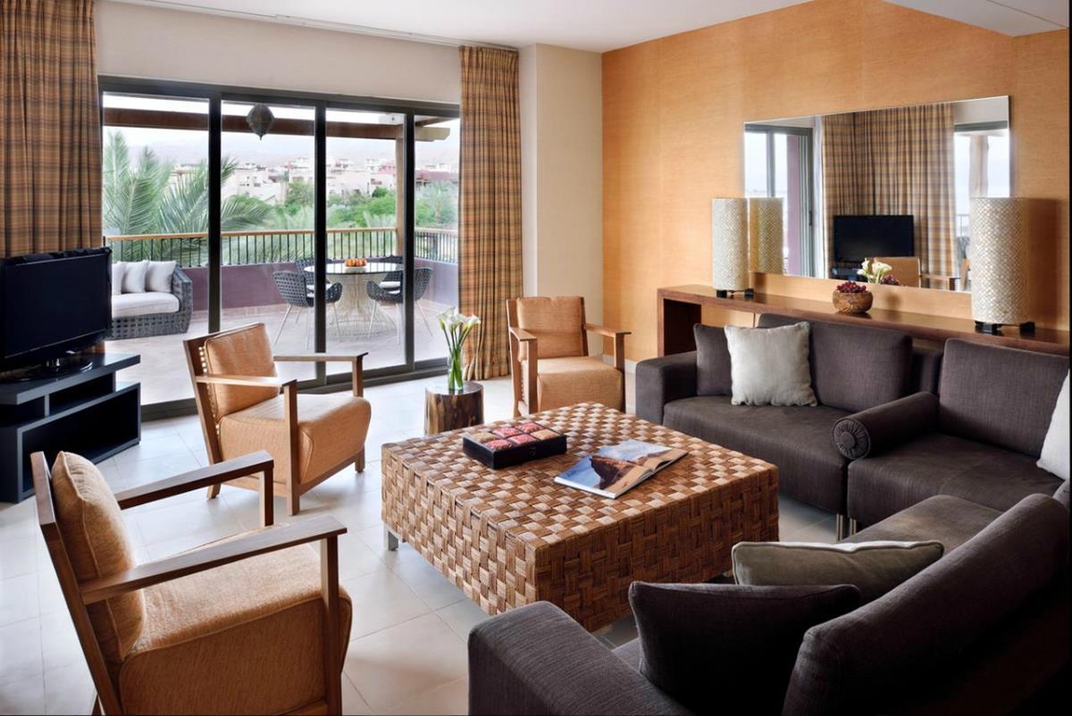 Mövenpick Tala Bay – Grand Suite