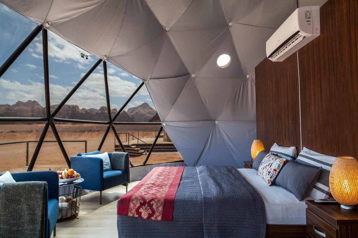 Sun City Camp – Namiot marsjański