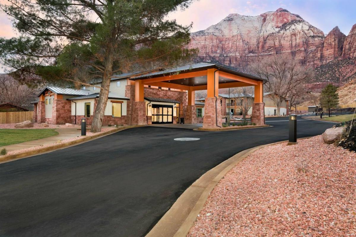 Best Western Plus Zion Canyon Inn