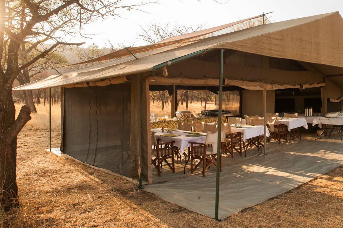 Kati Kati Tented Camp – Jadalnia