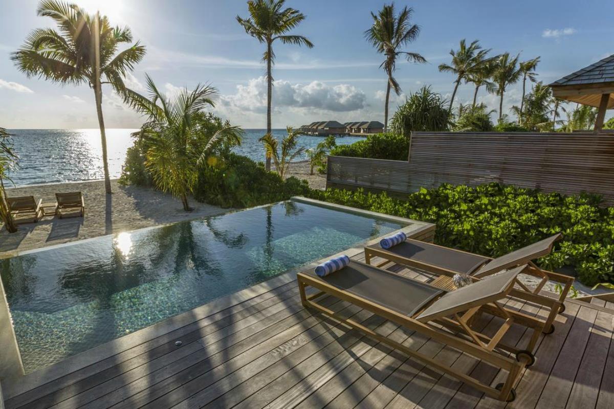 Hurawalhi Island Resort – Willa przy plaży z basenem