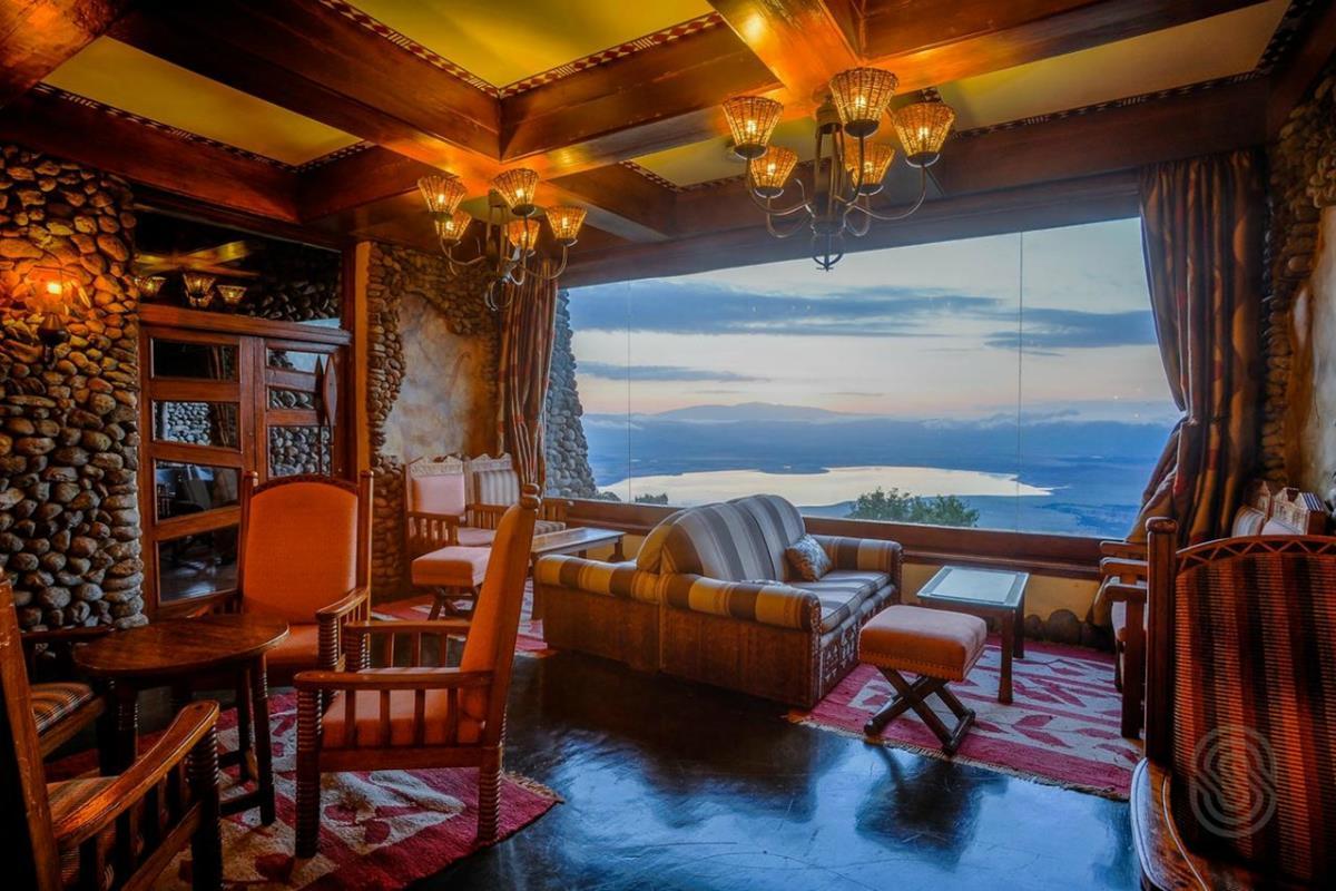 Ngorongoro Serena Safari Lodge – Lounge