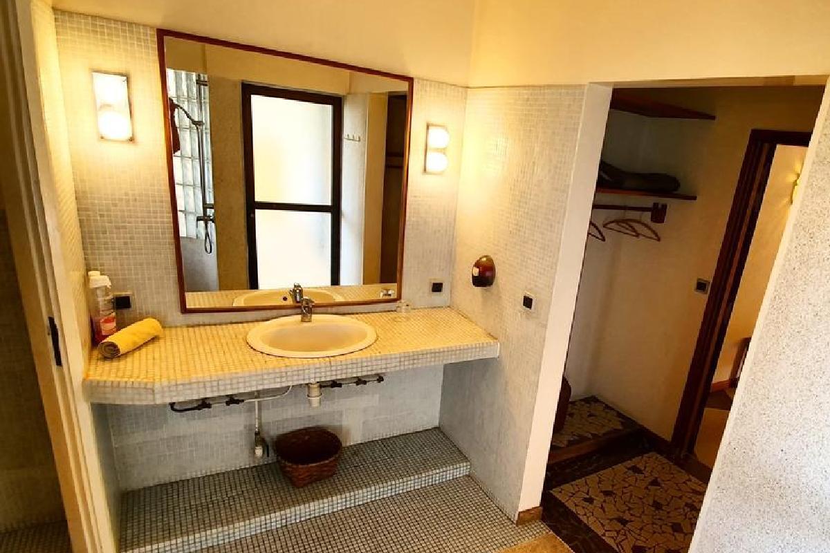 Keur Saloum – Apartament typu Suite, łazienka