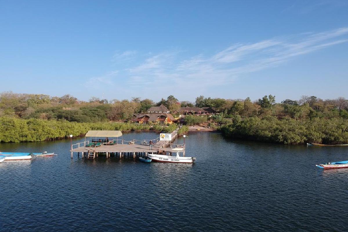 Keur Saloum od strony rzeki