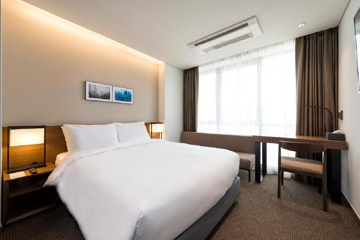 Hotel Ramada Encore – Pokój dwuosobowy typu Superior
