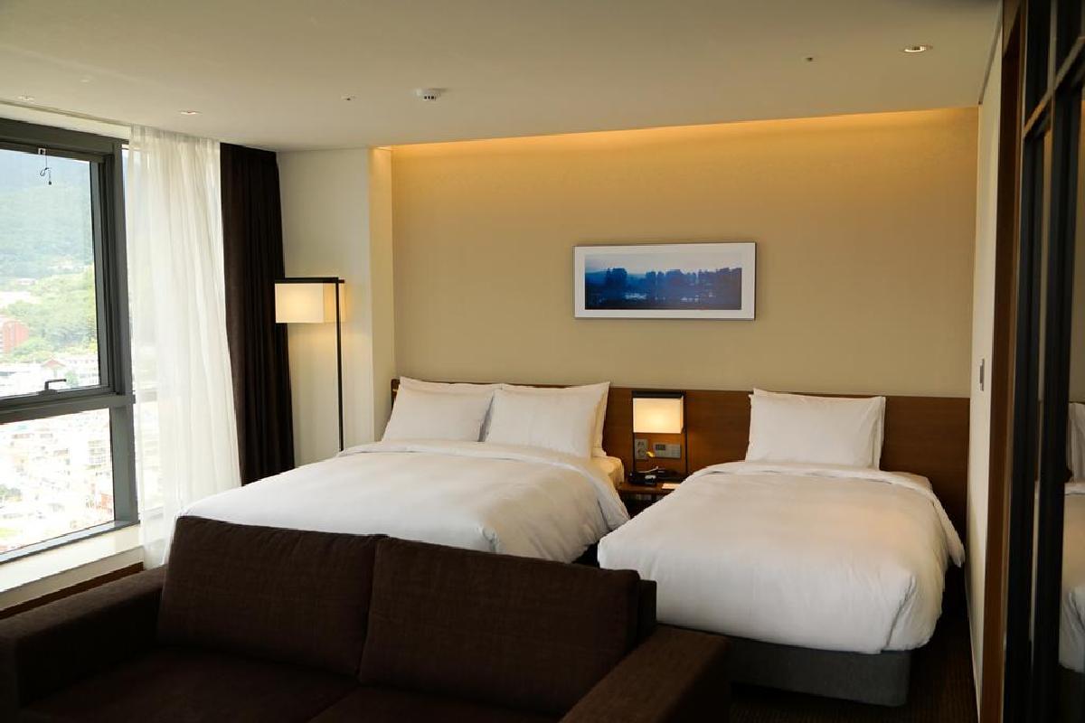 Hotel Ramada Encore – Pokój rodzinny typu Twin