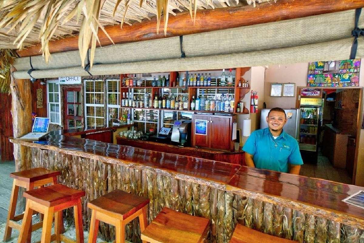 Xanadu Island Resort – Bar