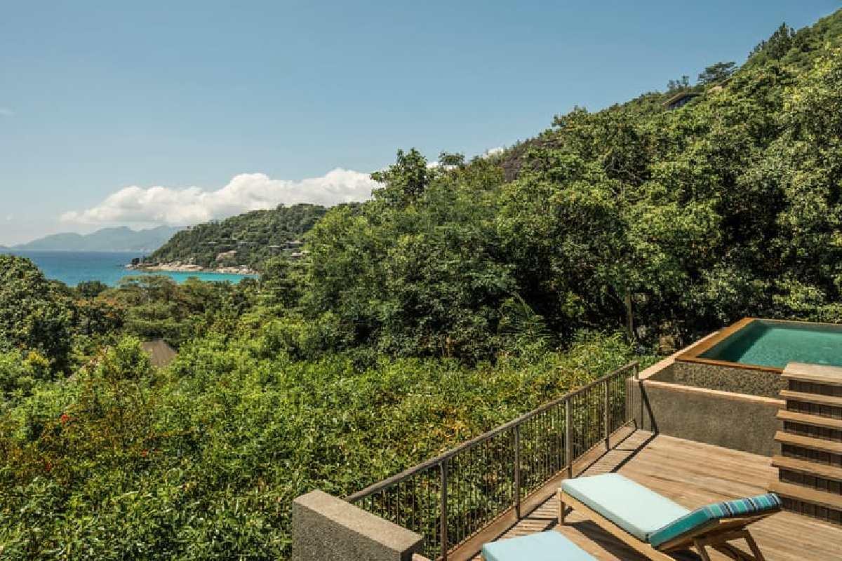 Four Seasons – Ocean View Villa