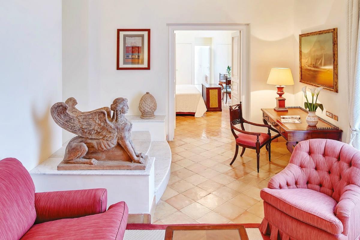 Belmond Hotel Caruso – Superior Suite Village View