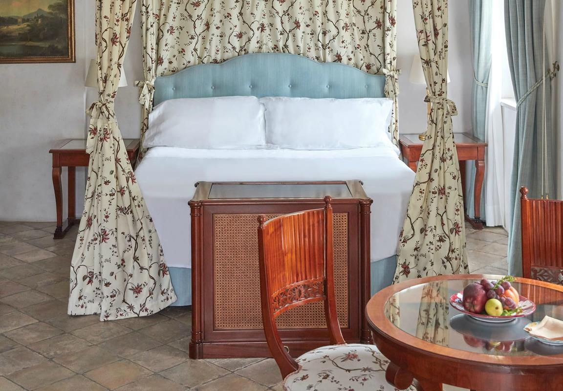 Belmond Hotel Caruso – Village View Room