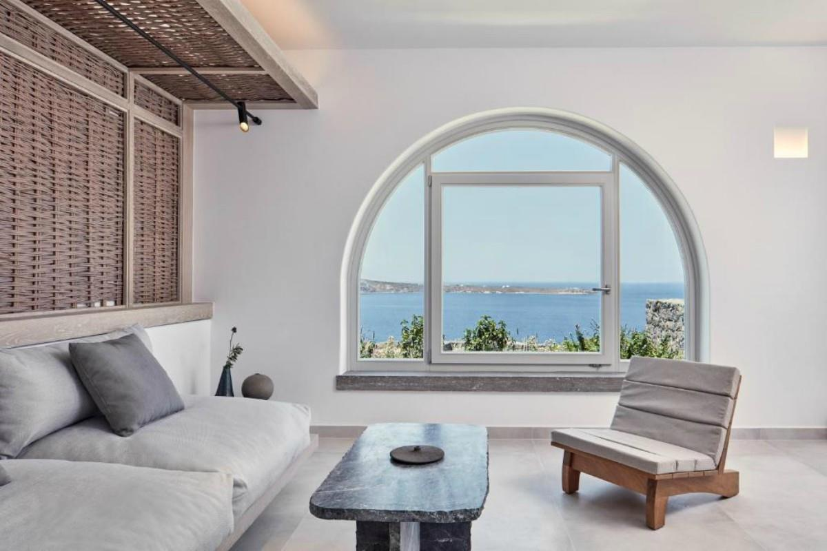 Canaves Oia Epitome – Honeymoon Suite with Plunge Pool
