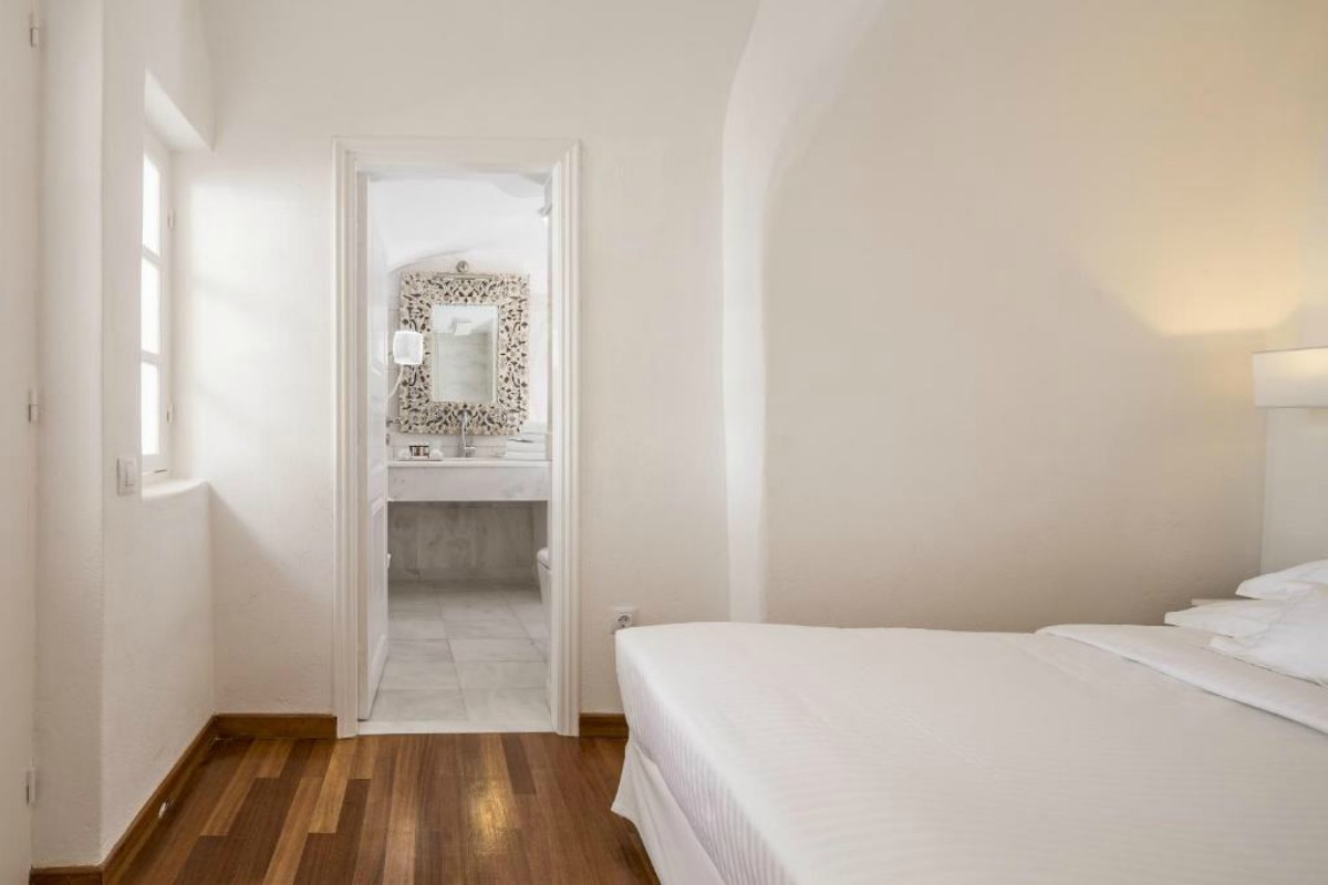 Canaves Oia Suites-Grande Suite with Plunge Pool