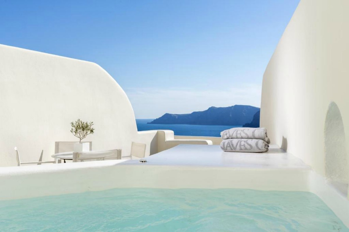 Canaves Oia Suites – Junior Suite with Plunge Pool