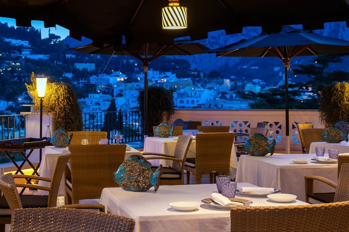 Capri Tiberio Palace – Restauracja