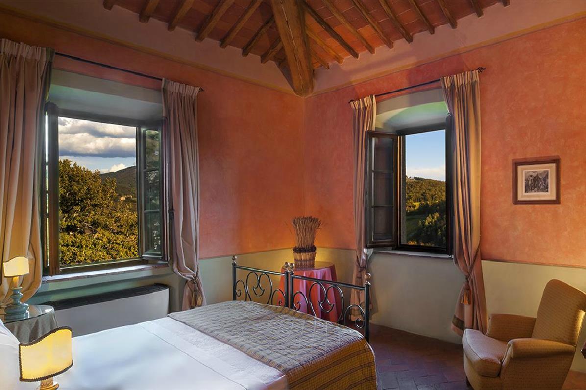 Castello di Spaltenna – Superior Room