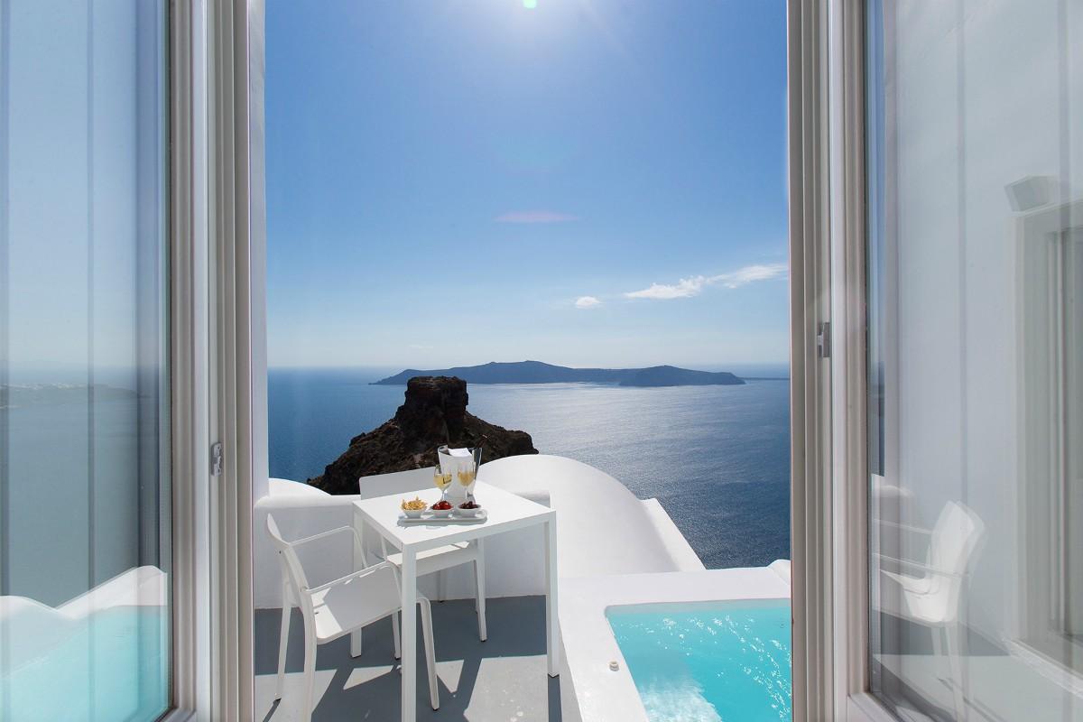 Grace Santorini – Honeymoon Suite