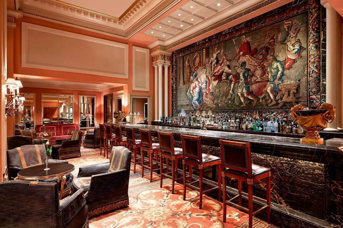 Grande Bretagne – Bar Alexander's