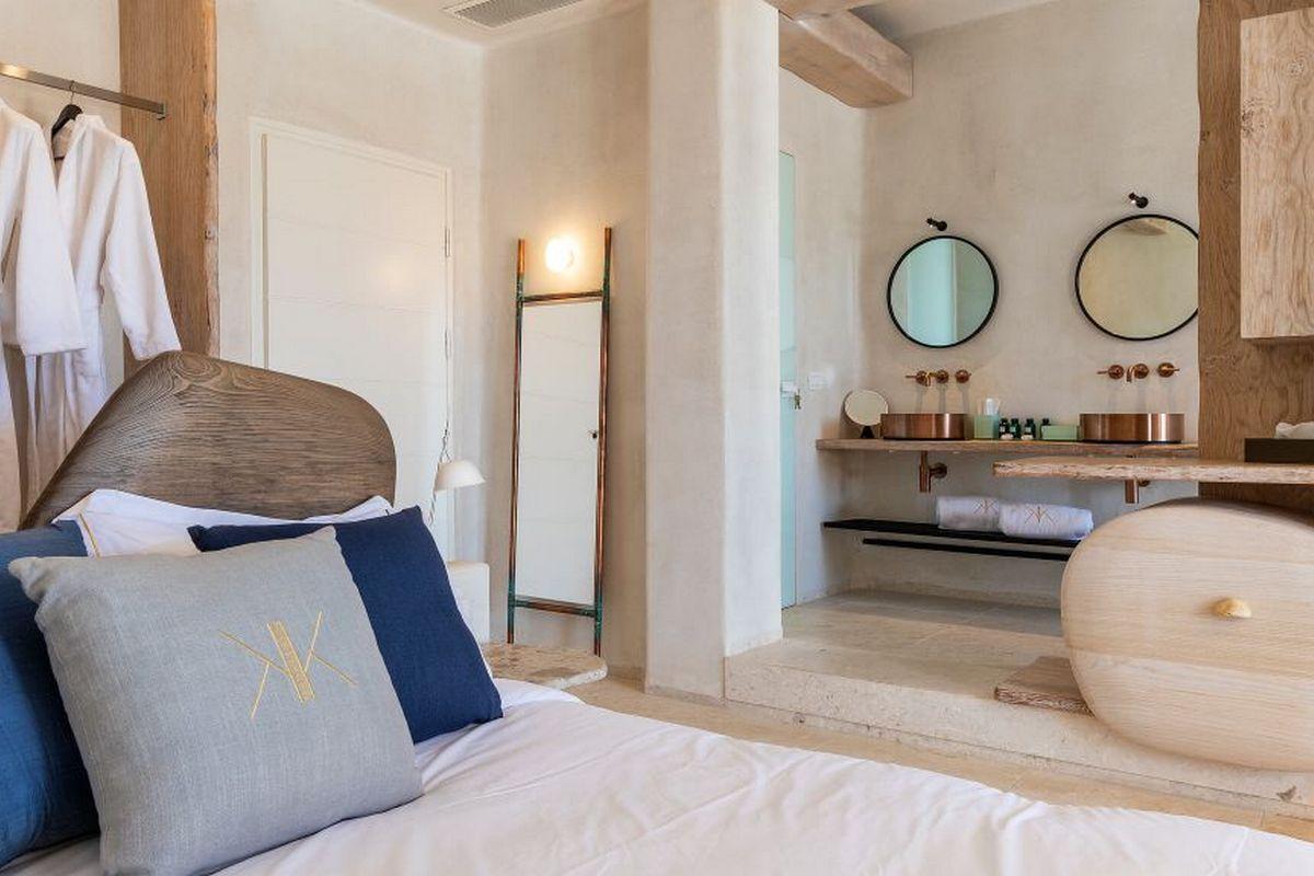 Kensho Psarou – Junior Suite Partial Sea View Room