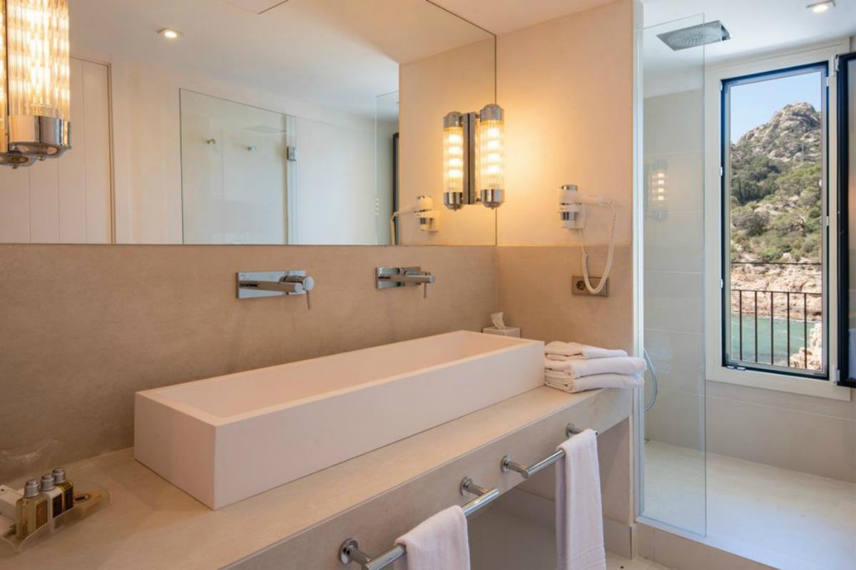 Aigua Blava – Double Room Sea View