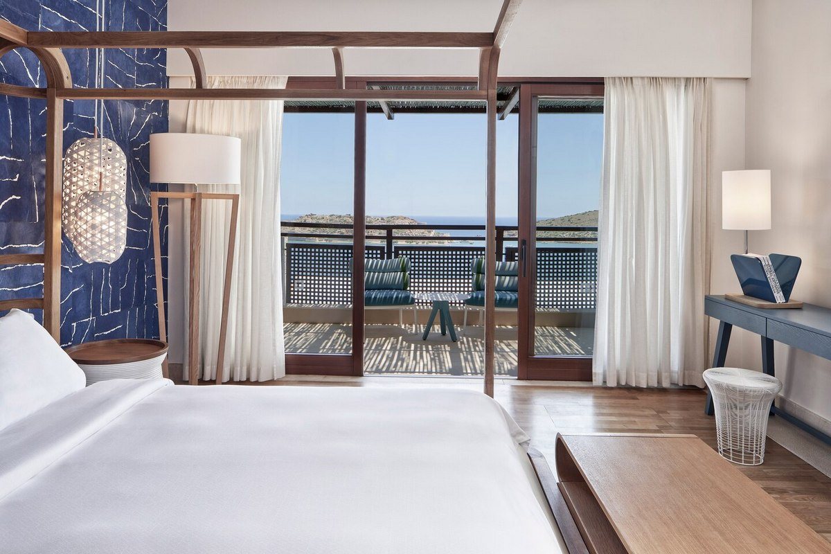 Blue Palace – King Island Luxury Suite