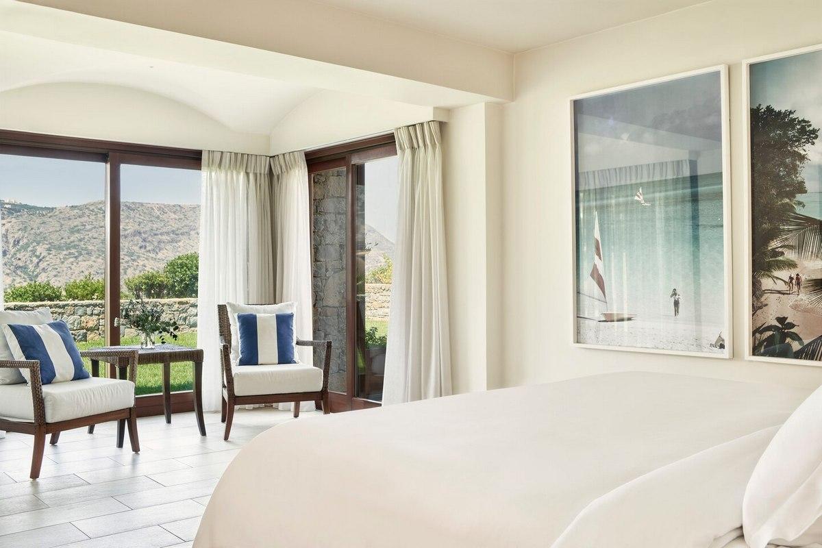 Blue Palace – King Royal Blue Villa Bedroom