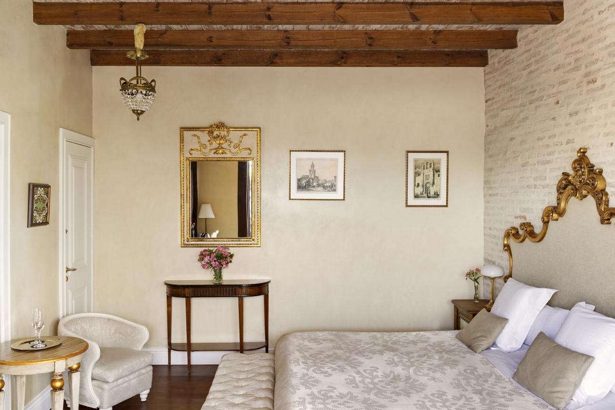 Casa 1800 Sevila – Premium Room