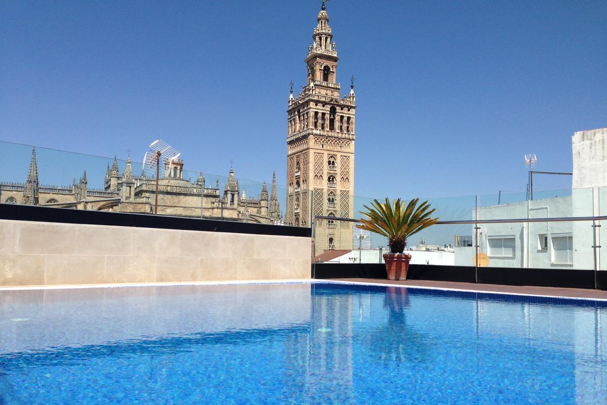 Casa 1800 Sevilla – Basen na dachu