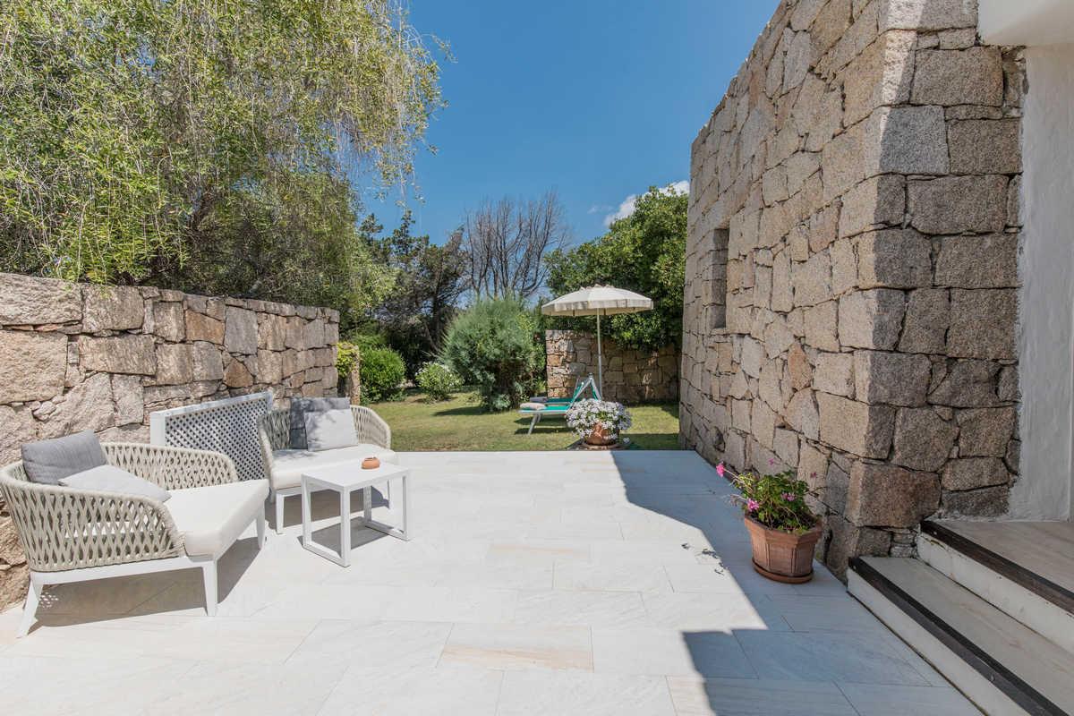 Dei Nuraghi – Junior Suite with Garden