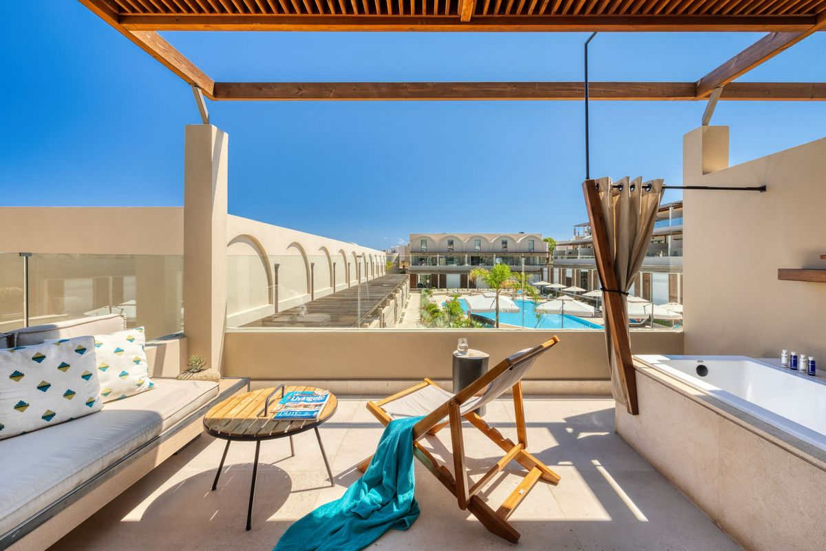 Domes Noruz Chania – Wellness Loft Pool View