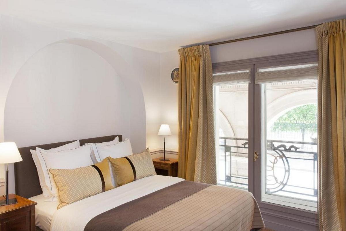 Hotel Brighton – Club Single Room
