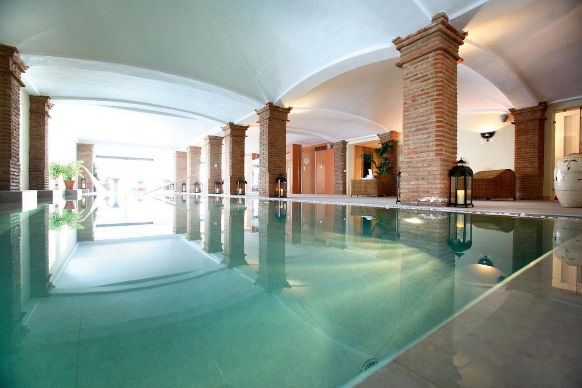 La Bobadilla, A Royal Hideaway Hotel – Kryty Basen