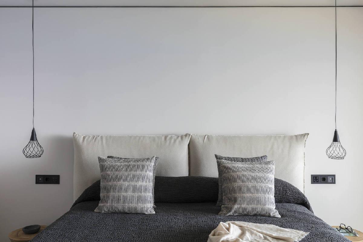 Minos Palace – Upper-deck Infinity Blue Room