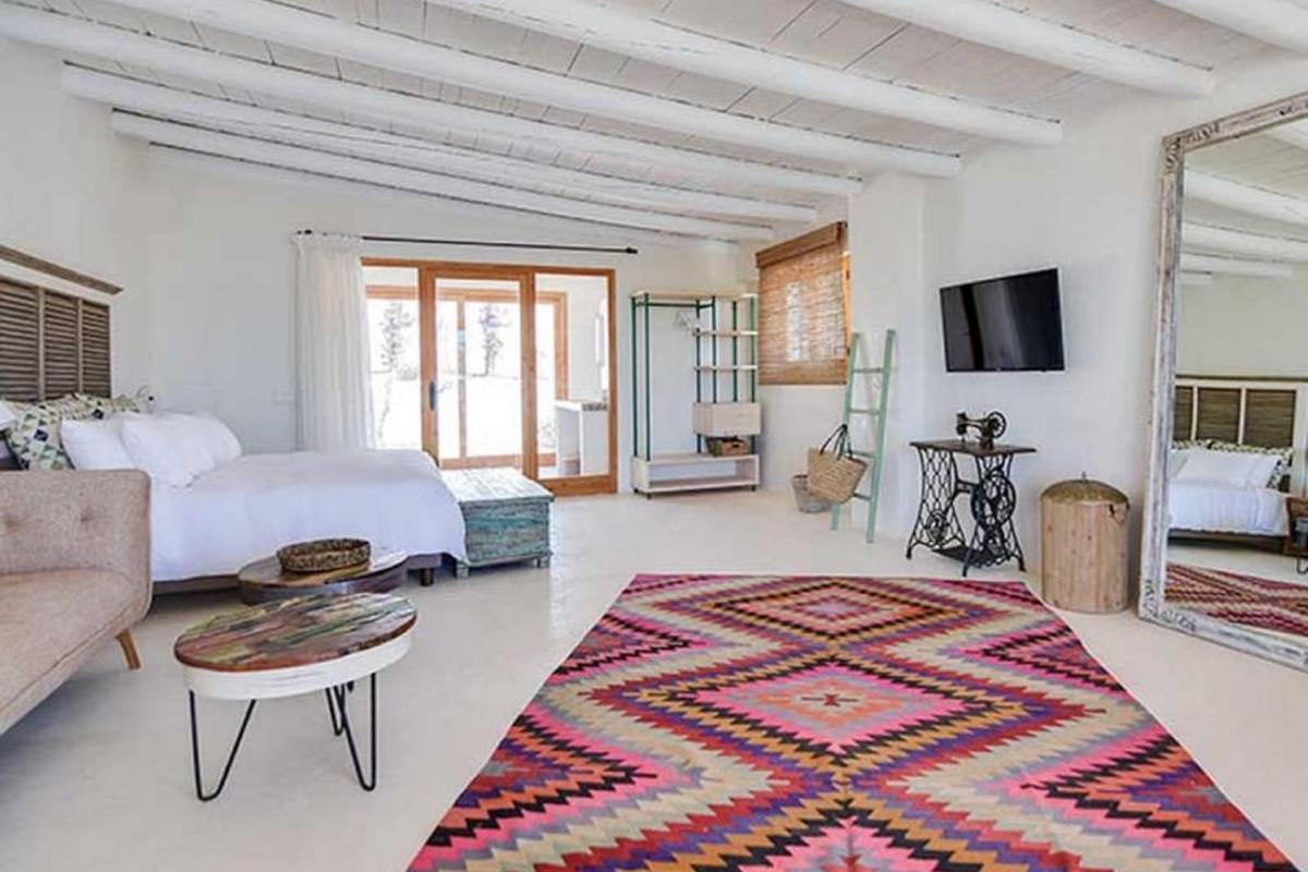 Petunia Ibiza – Garden Junior Suite