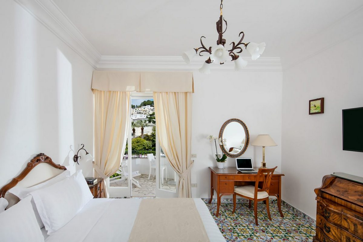 Syrene – Garden View Room with Balcony
