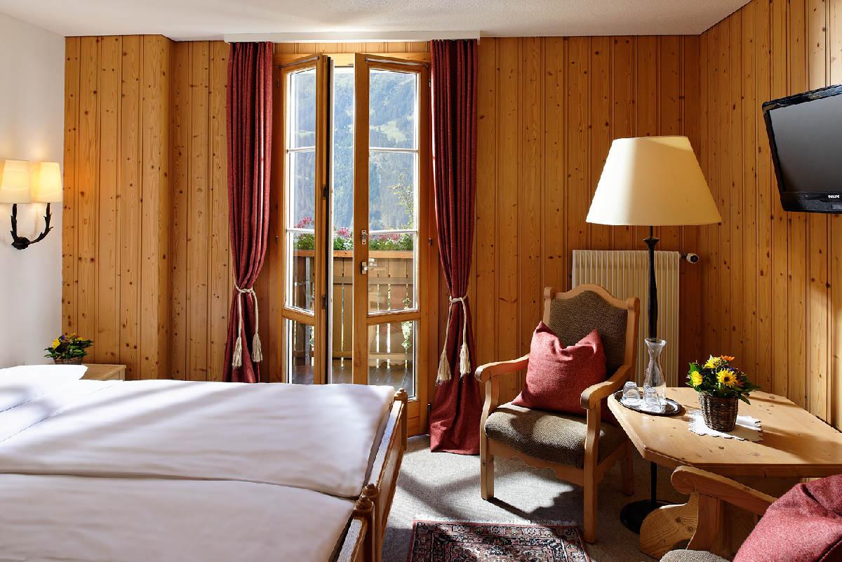 Alpenrose Wengen – Pokój typu Double z balkonem i widokiem na góry