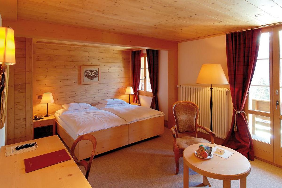 Alpenrose Wengen – Pokój typu Superior z widokiem na góry
