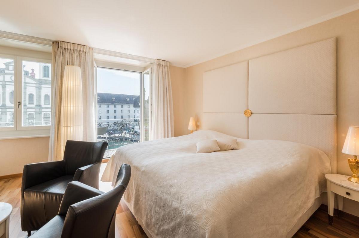 Hotel des Balances – Double Room River View