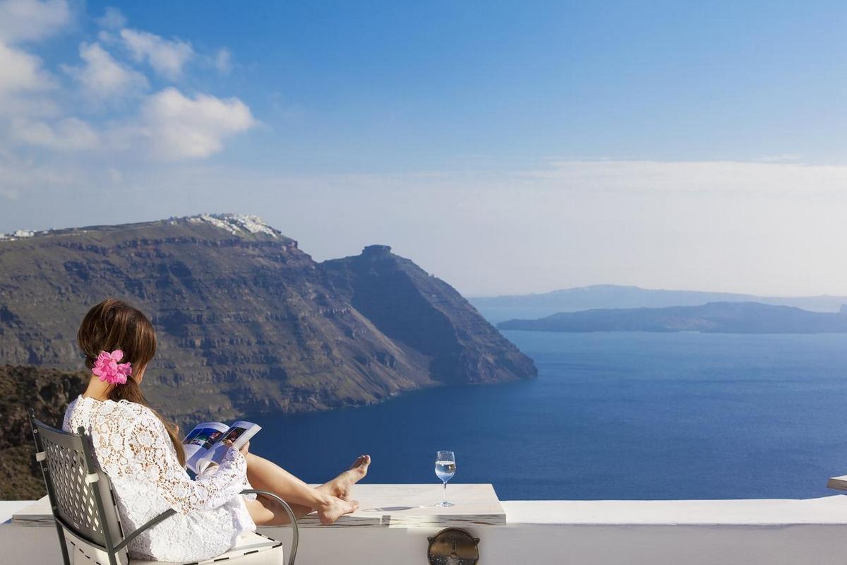 San Antonio Luxury Hotel Santorini – Junior Suite Sea View