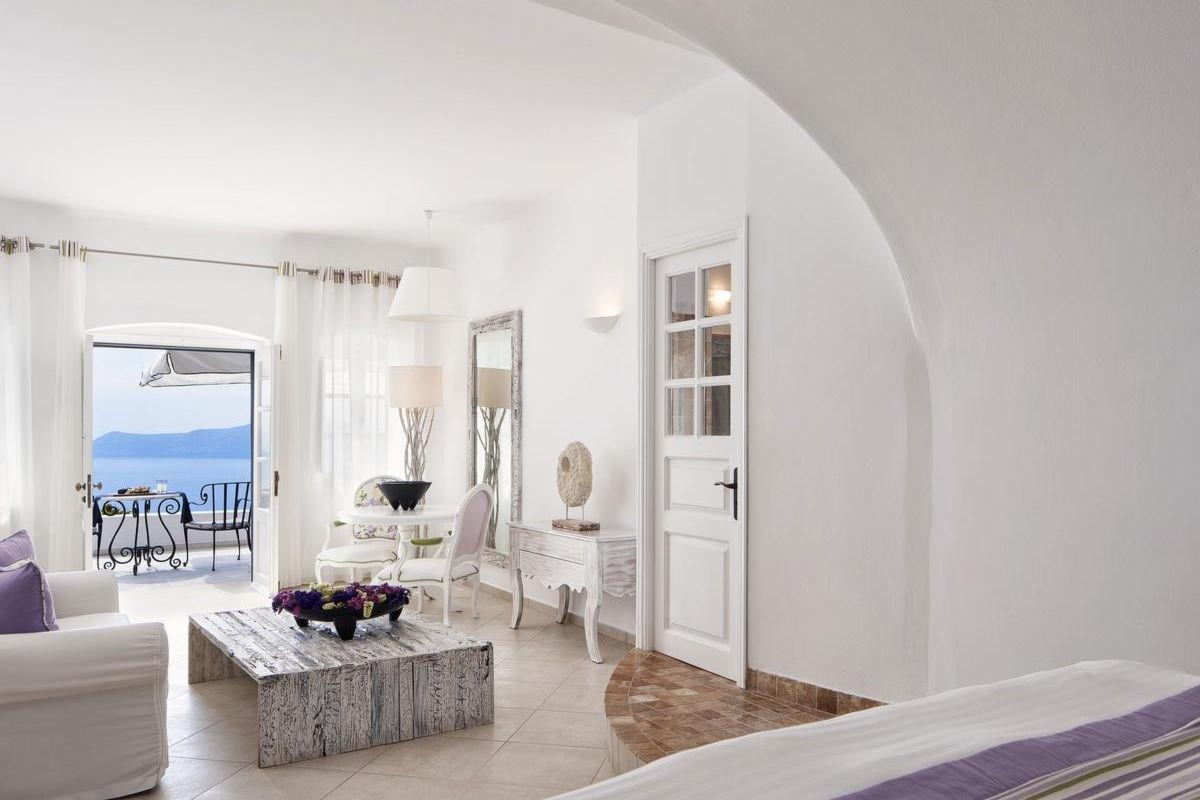 San Antonio Luxury Hotel Santorini – Senior Suite